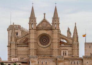 wakacje majorka katedra