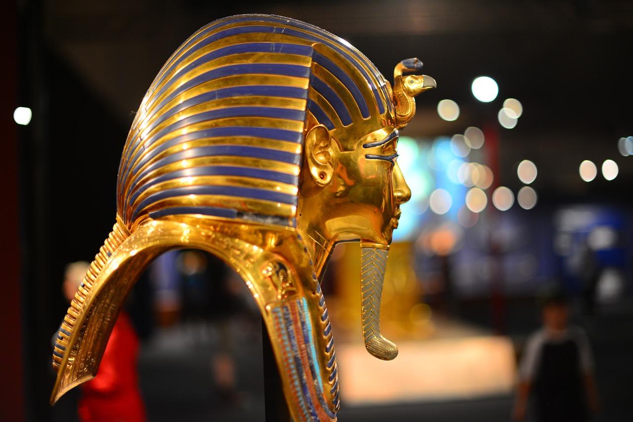 maska tutanchamona