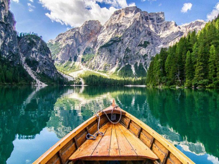 Lago di Braies - przeglądaj noclegi nad cudownym jeziorem ...